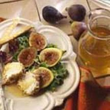 Honey Figs with Goat Cheese and Pecans.