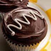 Surprise Chocolate Cupcakes with Mascarpone Cheese.