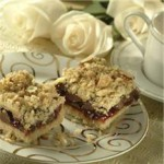 Fruit and Chocolate Streusel Squares recipe