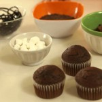 Cool & Easy Spider Cupcakes recipe