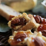Crostini with Figs and Nuts recipe