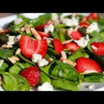 Spinach and Strawberries Salad recipe